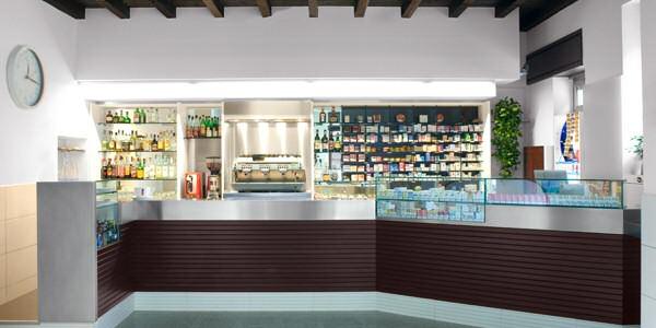 Progetti interni commerciali f studio progettazione for Arredamento bar tabacchi